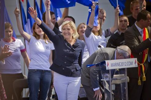 Marine Le Pen en 2011 à Paris lors du défilé du 1er mai du Front national.