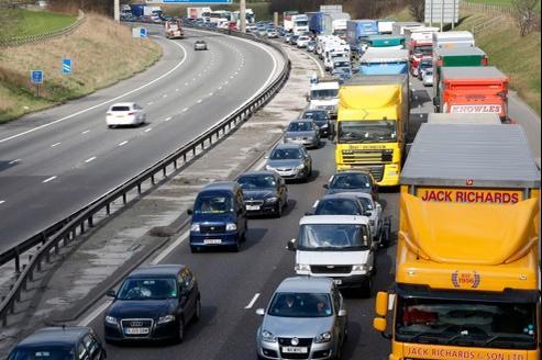 Le montant dû aux désagréments causés par les embouteillages s'élève à 7 milliards de livres par an, selon le gouvernement britannique.