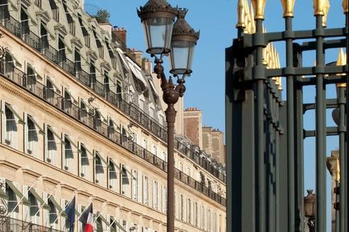La clientèle du Ritz va se répartir sur les hôtels à proximité de la place Vendôme.Ceux qui sont très attachés au décor classique vont aller au Meurice...