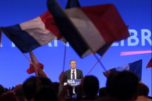 Nicolas Dupont-Aignan, dimanche à Paris.