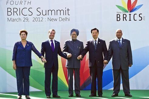 Dilma Rousseff (Brésil), Dmitri Medvedev (Russie), Manmohan Singh (Inde), Hu Jintao (Chine) et Jacob Zuma (Afrique du Sud) dirigent des pays émergents à forte croissance.
