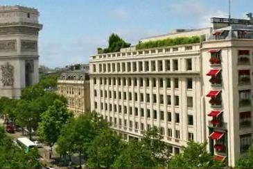 L'hôtel Napoléon pourrait être racheté par un consortium proche du pouvoir chinois.
