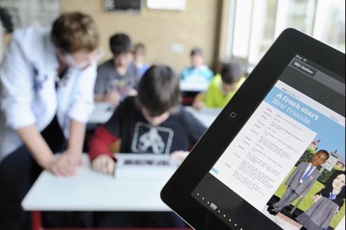 Aux Pays-Bas, les élèves du collège Hondsrug utilisent l'iPad pour leurs cours d'anglais.
