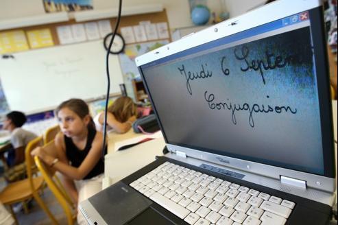 Selon l'étude internationale PISA qui évalue la lecture électronique chez les élèves de 15 ans, les jeunes Suédois ou Norvégiens ont acquis une culture numérique qui fait défaut aux jeunes Français