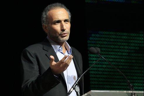 Tariq Ramadan, samedi soir, au Bourget, pour le 29e congrès de l'UOIF.