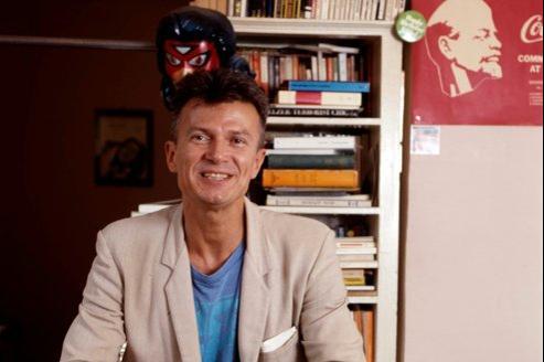 Edouard Limonov (ici en 1988):  «Je suis fier d'avoir participé à l'aventure de L'Idiot et de m'y être trouvé.»