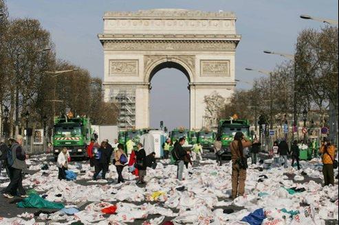 Le marathon en t te des manifs les plus sales de paris - Piscine des tourelles paris ...