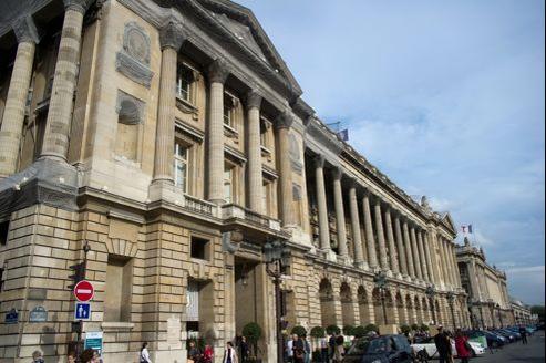 L'UMP nie avoir organisé une levée de fonds au Crillon