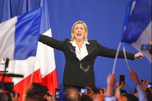 Marine Le Pen s'impose comme la troisième force politique de France, au terme du 1er tour de la présidentielle.