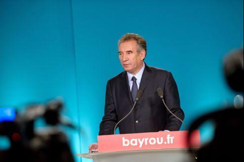 François Bayrou lors de son discours après l'annonce des premiers résultats, dimanche soir, au siège du MoDem, à Paris.