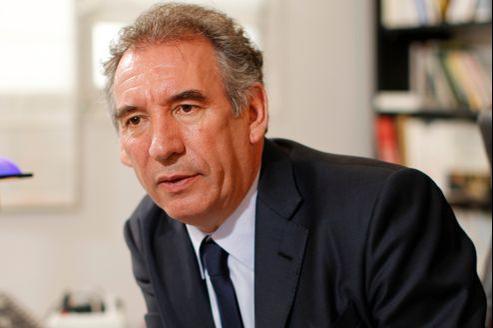 François Bayrou dans son bureau parisien, le 10 avril.