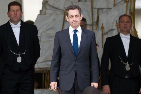 Nicolas Sarkozy, lundi, sur le perron de l'Élysée.