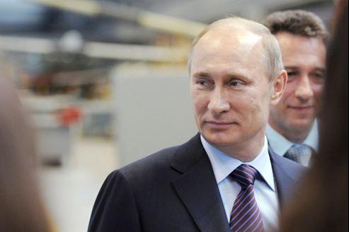 Vladimir Poutin, de nouveau président de la Russie, maintient son soutien à Damas.