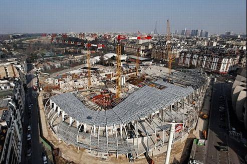 L'enveloppe extérieure du futur Jean-Bouin a déjà des airs de Nid d'oiseau, le stade olympique de Pékin édifié pour les JO.