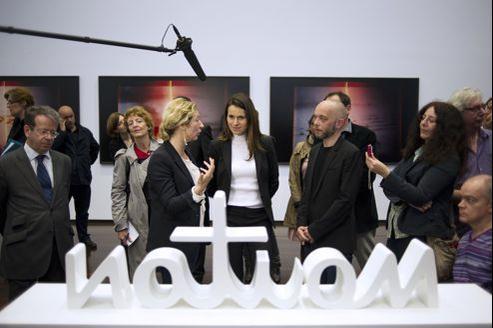 Aurélie Filippetti (au centre), ministre de la Culture, au Musée d'art contemporain du Val-de-Marne, à l'occasion de la Nuit des musées.