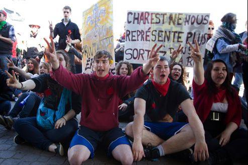 Les étudiants québécois protestent depuis trois mois contre l'augmentation de 82% sur sept ans des frais universitaires.