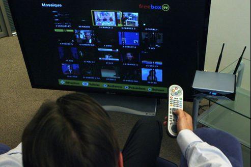Vidéo à la demande (VOD) et télévision de rattrapage sont les usages les plus fréquents de la télévision connectée.