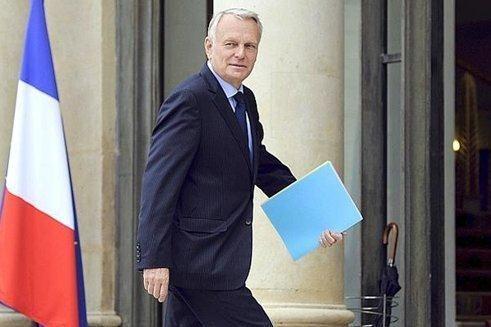 Jean-Marc Ayrault souhaite que le décret ramenant l'âge de départ en retraite à 60 ans soit publié «dans les trois semaines».