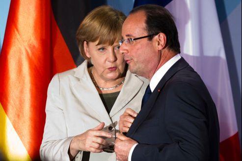 Sur les eurobonds, «le Conseil européen va continuer à travailler et à chercher le compromis», a dit François Hollande après son premier sommet européen.