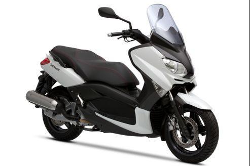 Le 125 X-MAX représente un quart des ventes de Yamaha en France.
