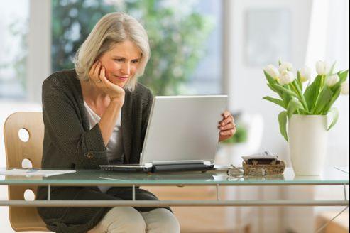 Travailler chez soi ou hors de l'entreprise permet de prendre du recul et d'être davantage concentré sur ses dossiers.