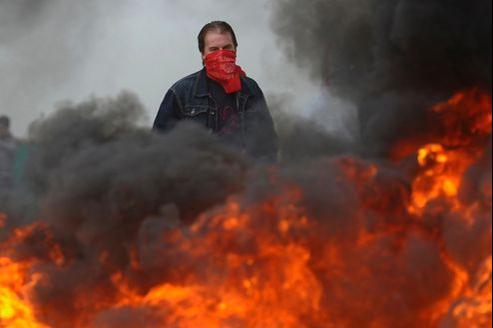 Un mineur espagnol en grève. Les employés du secteur protestent contre les baisses de subvention au secteur.