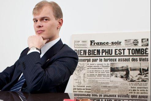 Alexander Pugachev avait racheté France-Soiren janvier2009 avec l'idée de relancer la mythique marque de presse fondée par Pierre Lazareff.