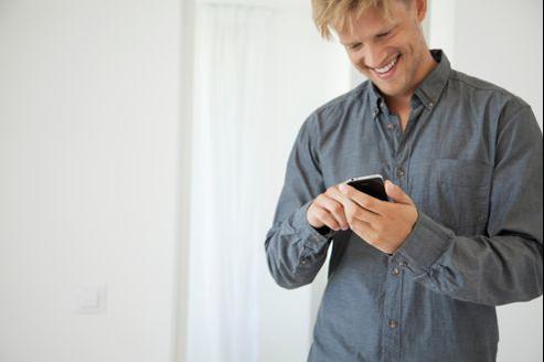 Près d'un tiers des utilisateurs d'iPhone ont plus de 80applications sur leur terminal.
