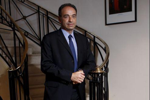 Depuis Meaux, où il se bat pour sa réélection, Jean-François Copé a demandé «d'élire dès maintenant une majorité de députés de droite à l'Assemblée nationale pour empêcher l'irréparable, pour ne pas anéantir ce qui a été fait».