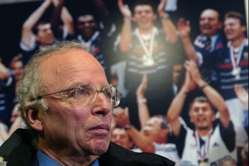 L'Euro 2012 devait signer le grand retour, sur M6, du duo mythique qu'il a formé avec Jean-Michel Larqué.