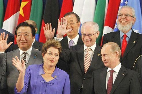 Le premier ministre japonais yoshihiko Noda, la présidente du Brésil Dilma Rousseff, le président du Conseil européen Herman Van Rompuy et le président russe Vladimir Poutine (de gauche à droite) au sommet du G20 à Los Cabos.