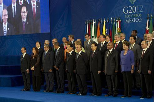 Les leaders des pays du G20 et des pays invités ont posé lundi pour la traditionnelle «photo de famille».