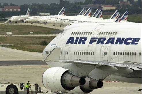 La direction d'Air France a volontairement voulu répartir l'effort du plan «Transform 2015» entre personnels au sol, hôtesses et stewards et pilotes.