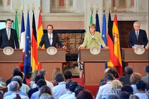 Les dirigeants de quatre pays sondés se sont retrouvés vendredi à Rome pour s'accorder sur les mesures nécessaires pour enrayer la crise dans la zone euro.