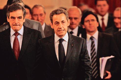 Depuis la défaite de Nicolas Sarkozy, les bretteurs de l'UMP exercent leurs talents sur le quinquennat qui vient de s'achever.
