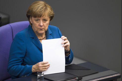 «Il doit y avoir un équilibre entre garantie mutuelle et contrôle», a insisté Angela Merkel, lundi à Berlin.