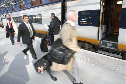 Afin d'échapper à la taxe à 75 %, de nombreux cadres de sociétés françaises s'exilent à Londres.
