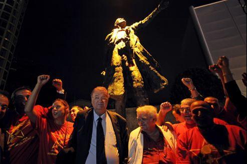 Des statues de De Gaulle, Churchill, Lénine, Roosevelt et Jaurès avaient été érigées en août 2010.