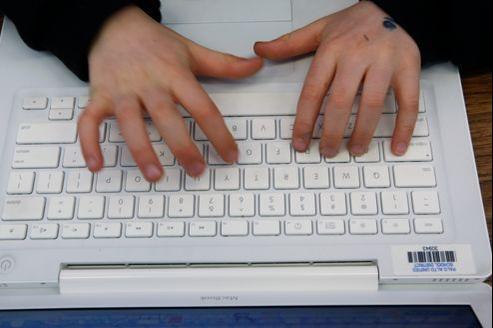 Une vie numérique détruite en trois coups de téléphone