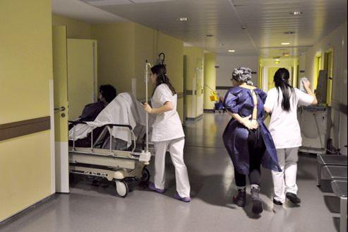 L'UMP préconise que les soins qui ne relèvent pas de l'urgence ou de la prophylaxie ne soient plus financés par l'AME.