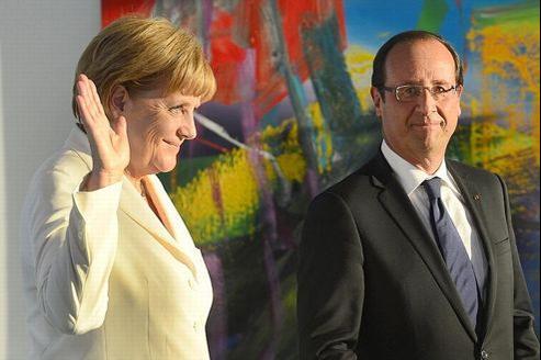 Si ni l'un ni l'autre n'ont intérêt à une crise ouverte, Angela Merkel et François Hollande ont des intérêts divergents.