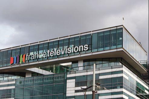 Le groupe France Télévisions, qui se trouve devant une impasse financière, doit se réformer.
