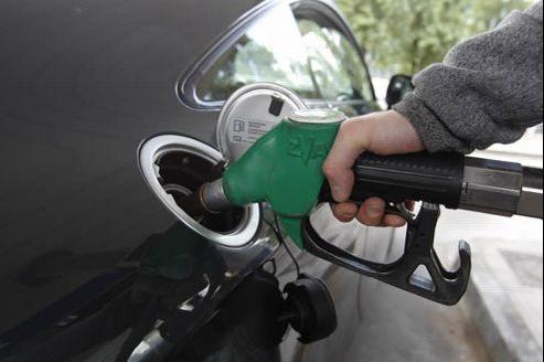 Le prix du gazole s'établit ce lundi à 1,479 euro le litre, soit à seulement 0,2 centime de son pic historique atteint le 21 mars dernier (1,481 euro le litre), selon le site Carbeo.com. Crédit photo: Jean-Christophe MARMARA / Le Figaro.