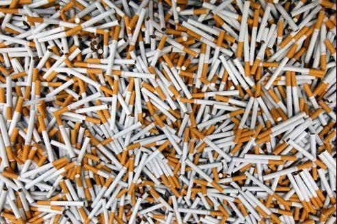 Selon l'OMS, une hausse de 10% du prix réellement payé par le fumeur réduit de 4% les ventes dans les pays développés et de 8% la consommation des jeunes.