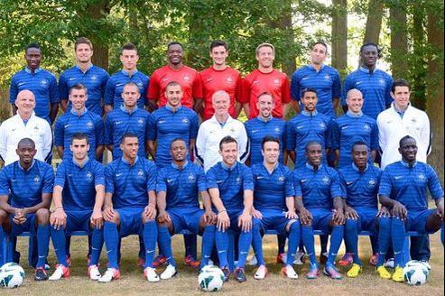 L'équipe de France de football est très attendue.