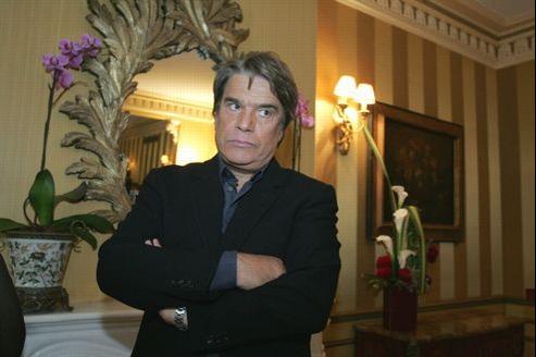 Bernard Tapie serait pour le moment le locataire de la villa, propriété de Lucien d'Onofrio, proche de l'homme d'affaires.