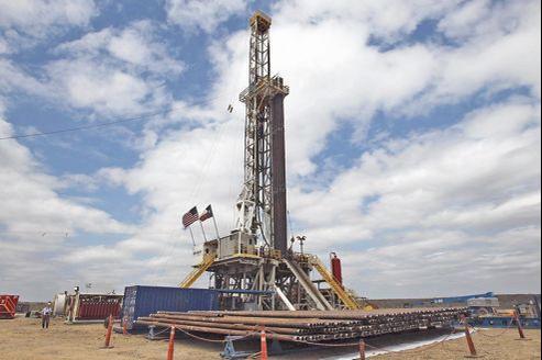 La seule technique actuellement employée à grande échelle aux États-Unis pour extraire les réserves de gaz piégées dans la roche est la fracturation hydraulique.