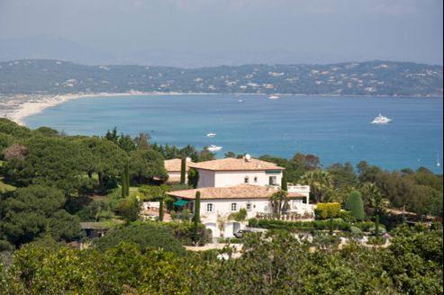 Les professionnels ne notent pas encore d'arbitrages dans les portefeuilles immobiliers, mais la France est clairement devenue moins accueillante fiscalement.