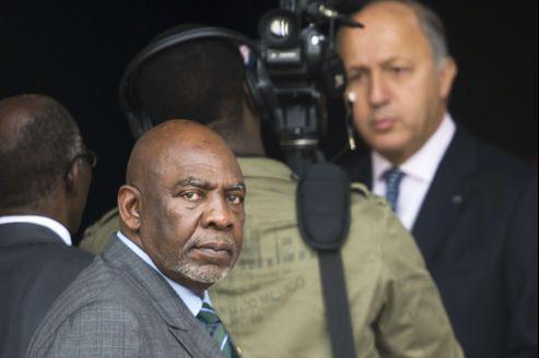 Le premier ministre malien, Cheick Modibo Diarra, à l'issue de sa rencontre avec le ministre des Affaires étrangères Laurent Fabius, jeudi à Paris.