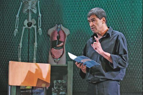La faute d'orthographe est ma langue maternelle de et avec Daniel Picouly jusqu'au 31 décembre au Théâtre Tristan-Bernard (Paris, VIIIe).